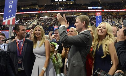 "TRUMP SONS CALL OUT ""2024 HOPEFULS"" FOR ABANDONING TRUMP"